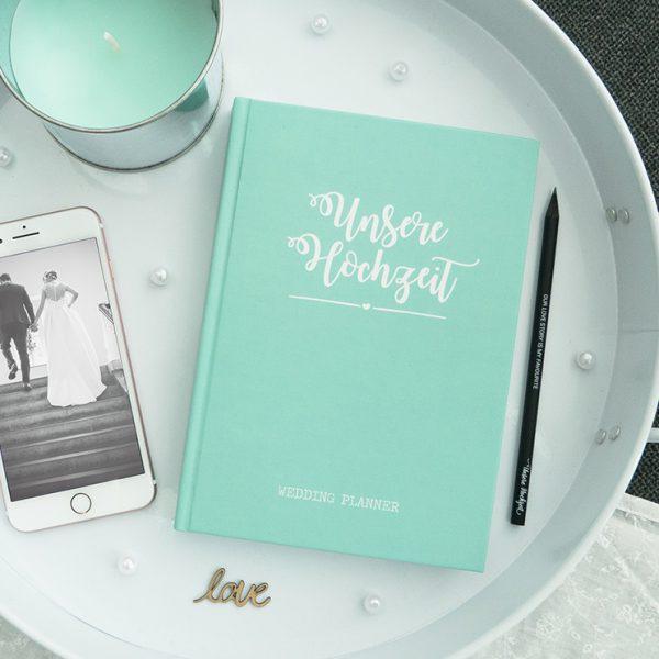 """""""Unsere Hochzeit"""" - Hochzeitsplaner mit 168 Seiten und Lesezeichen in Mint"""