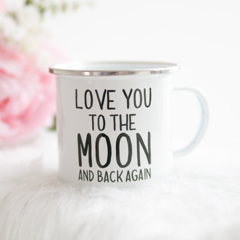 """Emaille Becher """"Love you to the moon and back again"""""""