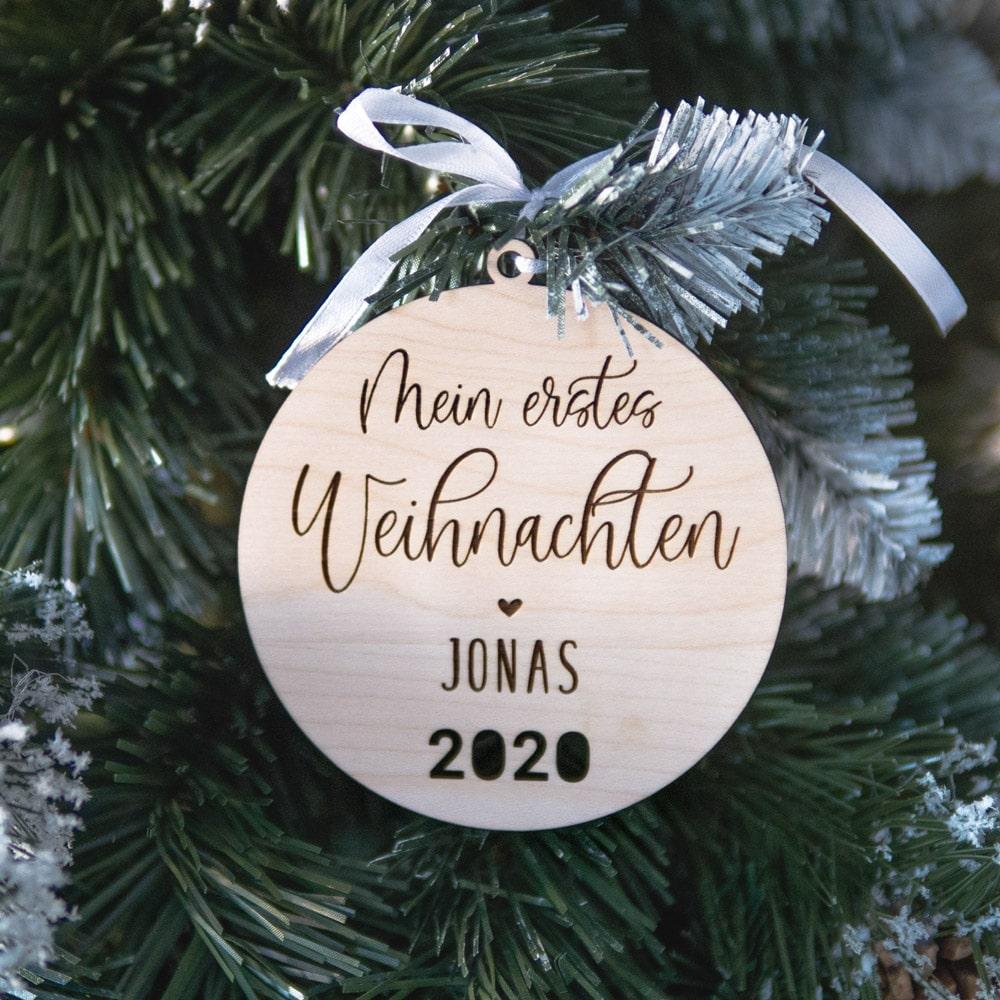 baumanhänger_weihnachten_personalisiert_name_datum_holz-geschenk_geschenkidee_geburt_name_baby_kind9